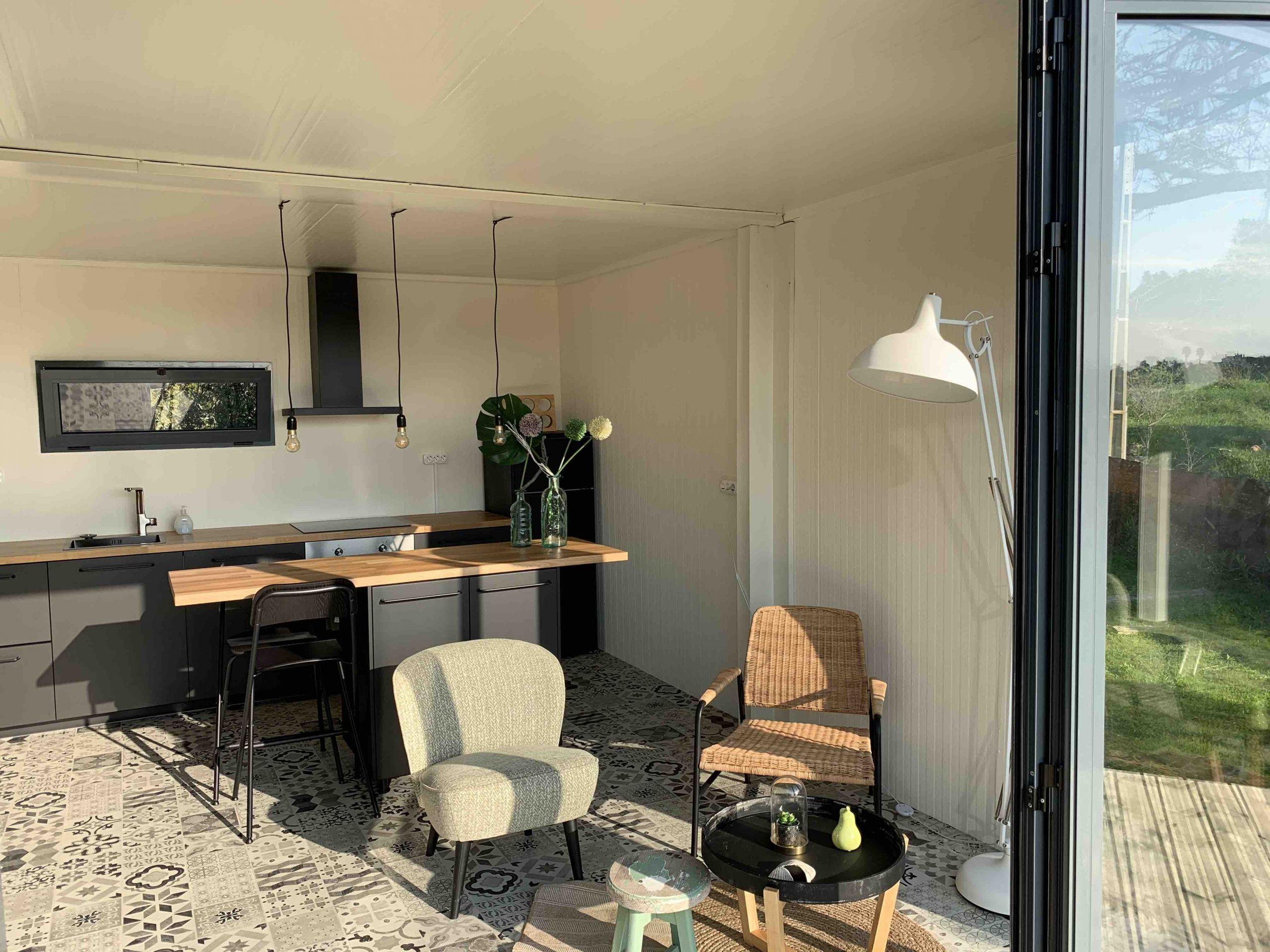 Montinho Garden studio 2 Inside