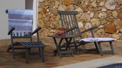 Montinho B&B Pool deckchairs